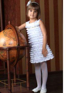 Divatos ruha lányoknak 6-8 év