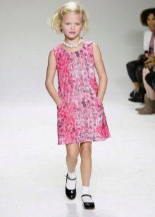 Elegáns ruha lányoknak egyenes rózsaszín