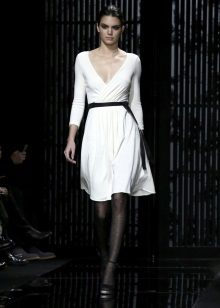 Black tights with a belt to a white dress