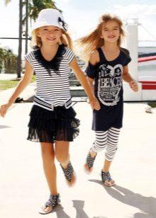 Vestido de verão para o mar menina