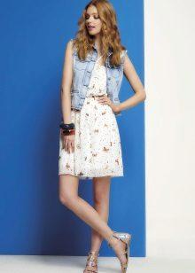 Vestido simples de verão para meninas 12-14 anos