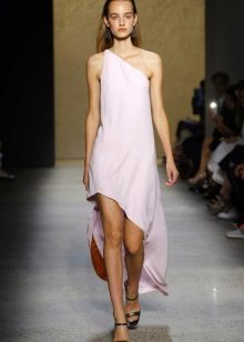 Fashionable mallet dress with asymmetrical top of the spring-summer 2016 season