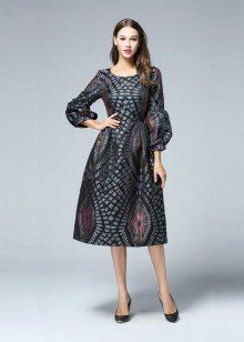Módní šaty ve stylu nové luk sezóny podzim-zima 2016