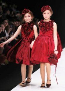 Vestido magnífico vermelho elegante para a menina