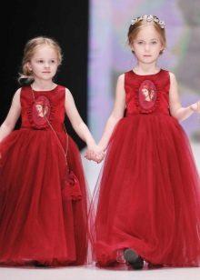 Vestido vermelho exuberante elegante para meninas