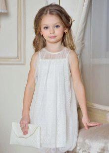 Vestido elegante para a menina branca