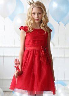 Vestido elegante para a menina vermelha