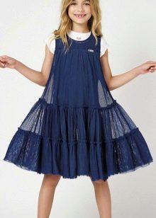 Vestido para um adolescente azul