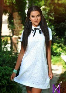 vähän cambric-mekkoa