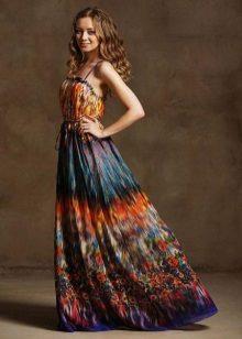 vestido de batiste brilhantemente colorido