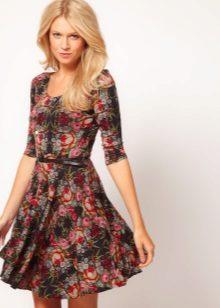 kesän poplin-mekko