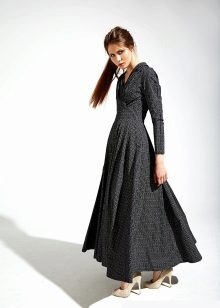 pimeän pimeä mekko