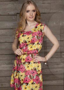 poplin-mekko keltaisin punaisina