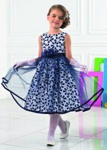 Vestido branco a azul de bolinhas para formatura 4 aulas