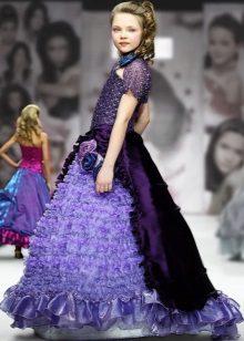 Vestido fofo violeta com um trem para formatura 4 aula