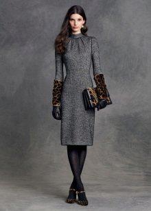 Midi-jurk met luipaardaccessoires