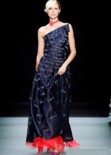 Red accessories to dark blue dress