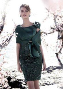 Capa para vestido verde