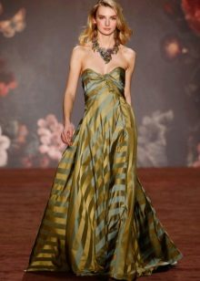 Joalheria maciça para vestido verde