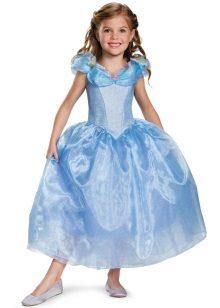 Vestido de ano novo Cinderela para uma menina com mangas