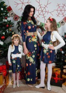 Vestido de ano novo para a menina e mãe