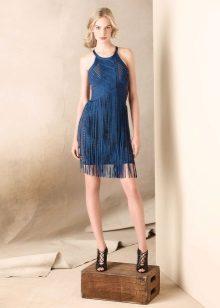 Синя рокля с ресни