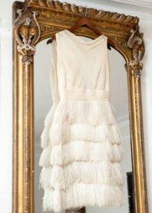 Къса рокля с ресни