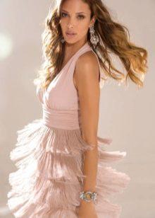 Мека розова рокля с ресни