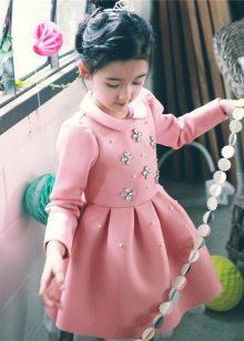 Vestido de inverno exuberante para meninas