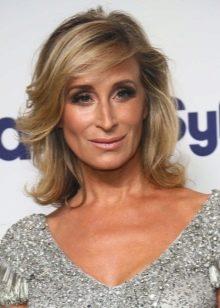 Frisyr Kvinna 40 År