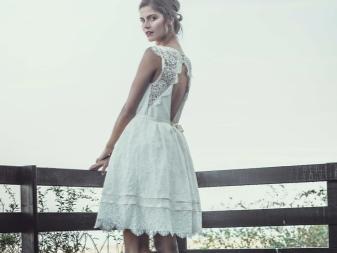 Szűk csipke esküvői ruha számára