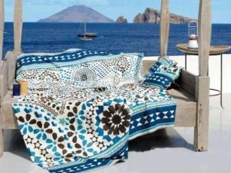 Sarong mint ágytakaró