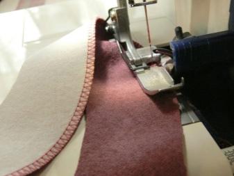 A ruhadarab varrása a ruhán - 1. lépés