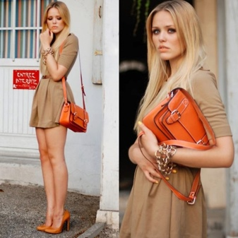 Body dress with orange shoes