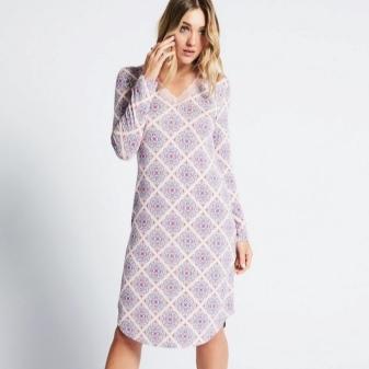 Middelhoge lange jurk met lange mouwen