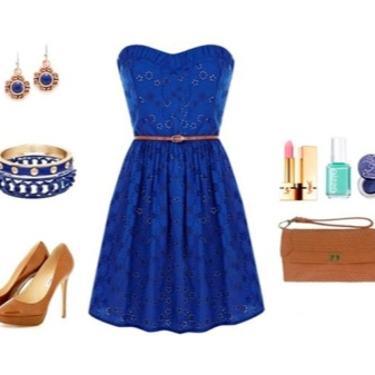 Vestido de renda azul com acessórios