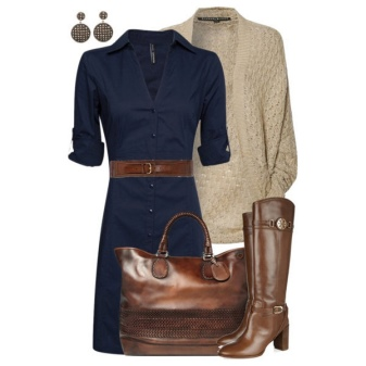 Brown boots and bag to the blue dress