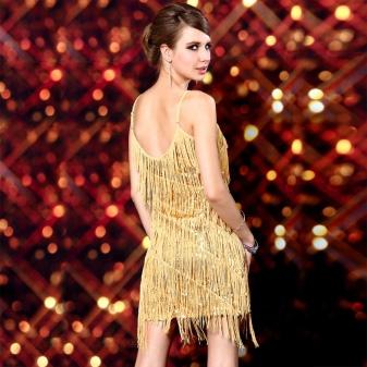 Златна рокля с ресни