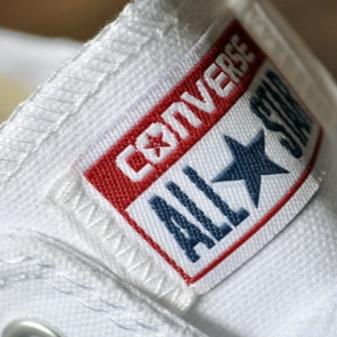 Converse (74 fotos): tênis de cano alto para crianças e