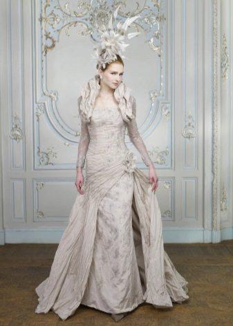 Ezüst brokát esküvői ruha