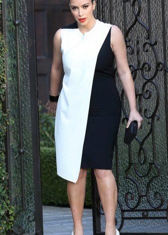 Vestit de nit blanc i negre de tela gruixuda