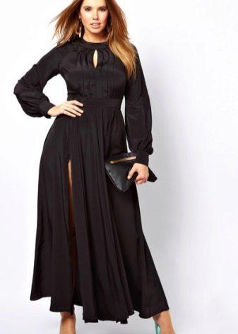 Vestit de nit negre complet amb una ranura