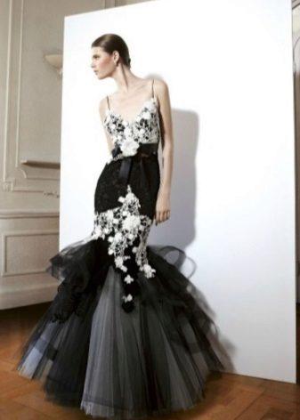 Glamour-mekko illalla merenneito