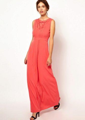 Koralli vaaleanpunainen-oranssi mekko