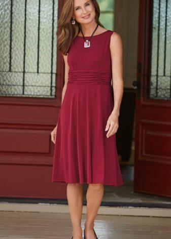 Midi length burgundi color casual dress