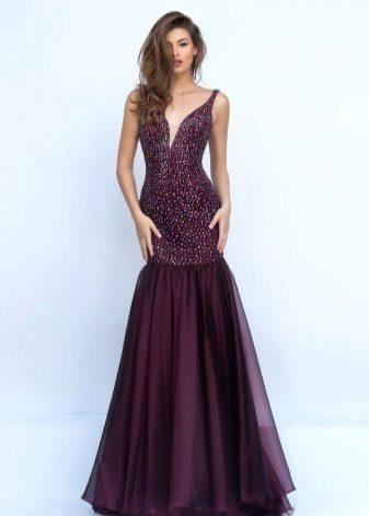 Beautiful wine-colored dress with rhinestones