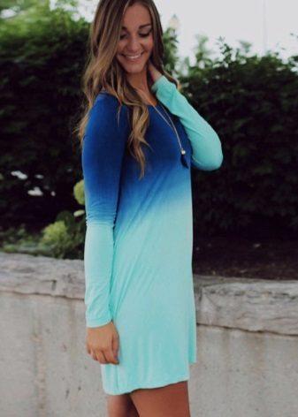 Mavi ile koyu mavi elbise