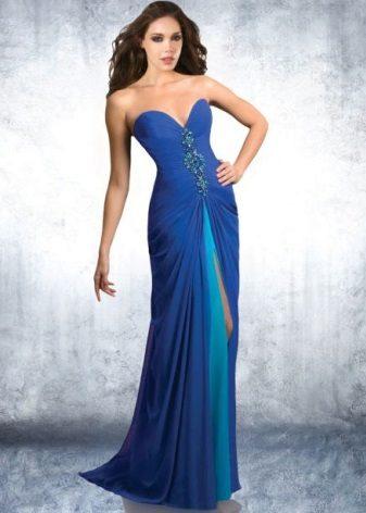 Mavimsi bir lacivert elbise