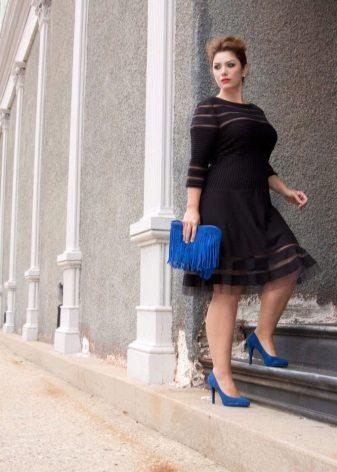 Middelhoge jurk voor vrouwen met obesitas