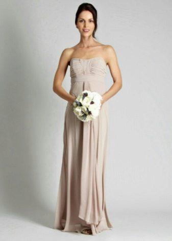 Lysebrun kjole